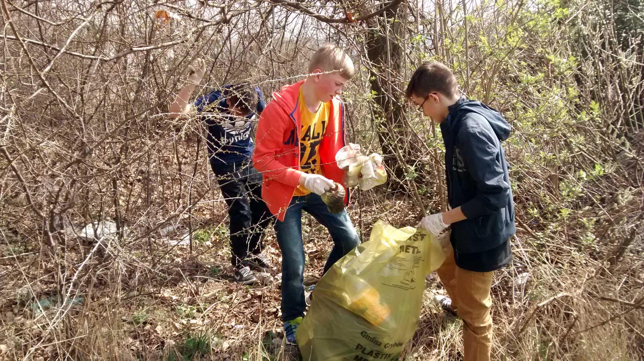 Czystość naszej Małej Ojczyzny – Sprzątanie Siołkowej 2016