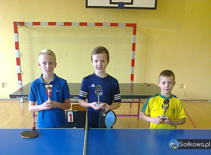 Gminne zawody w tenisie stołowym w Ptaszkowej
